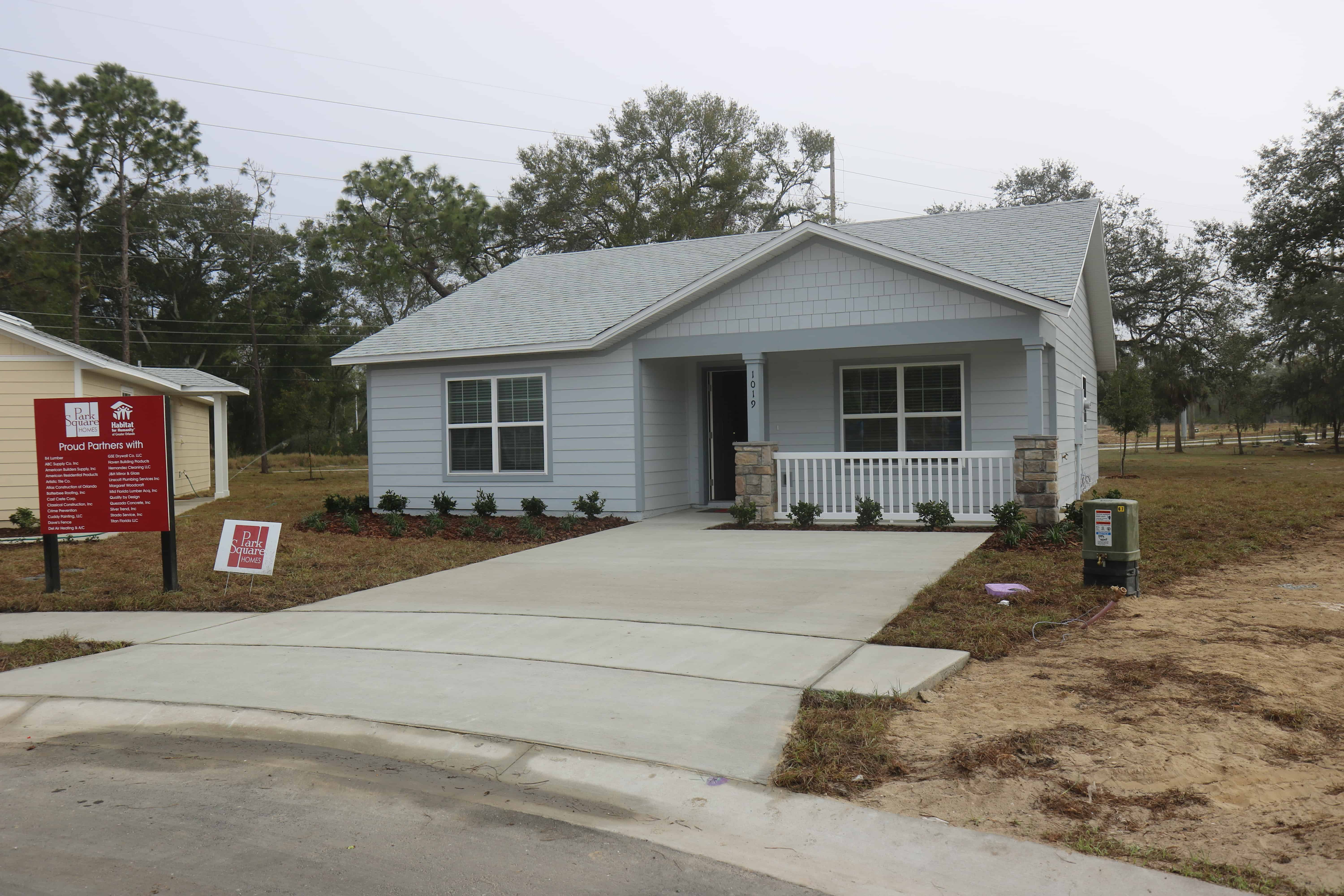 Sample exterior of grey home in Arbor Bend