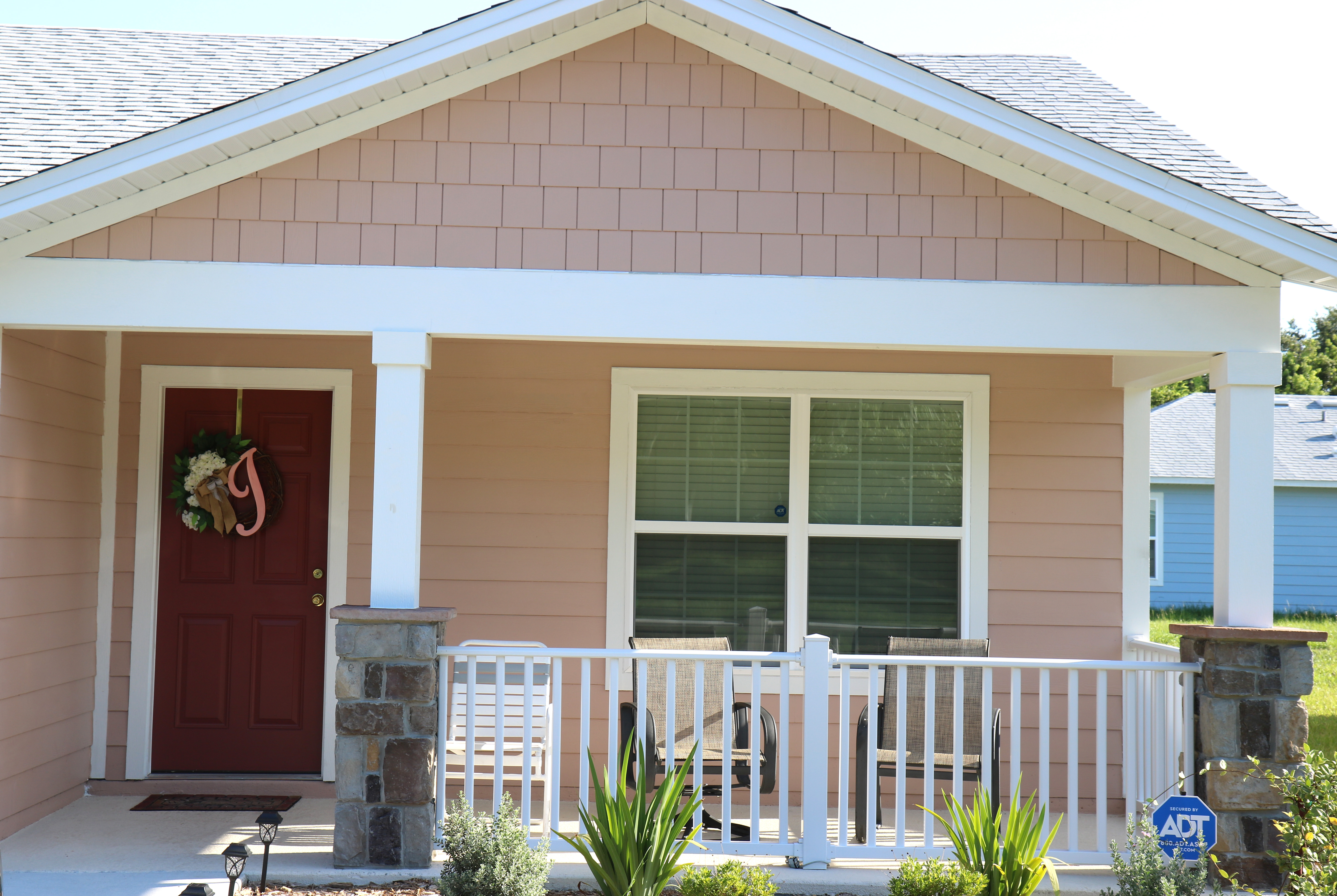 Sample Arbor Bend home exterior