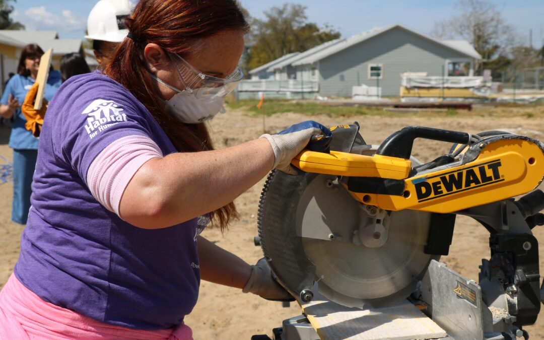 Habitat Orlando & Osceola and Lowe's to address COVID-19's disproportionate impact on women during International Women Build Week, March 8-12