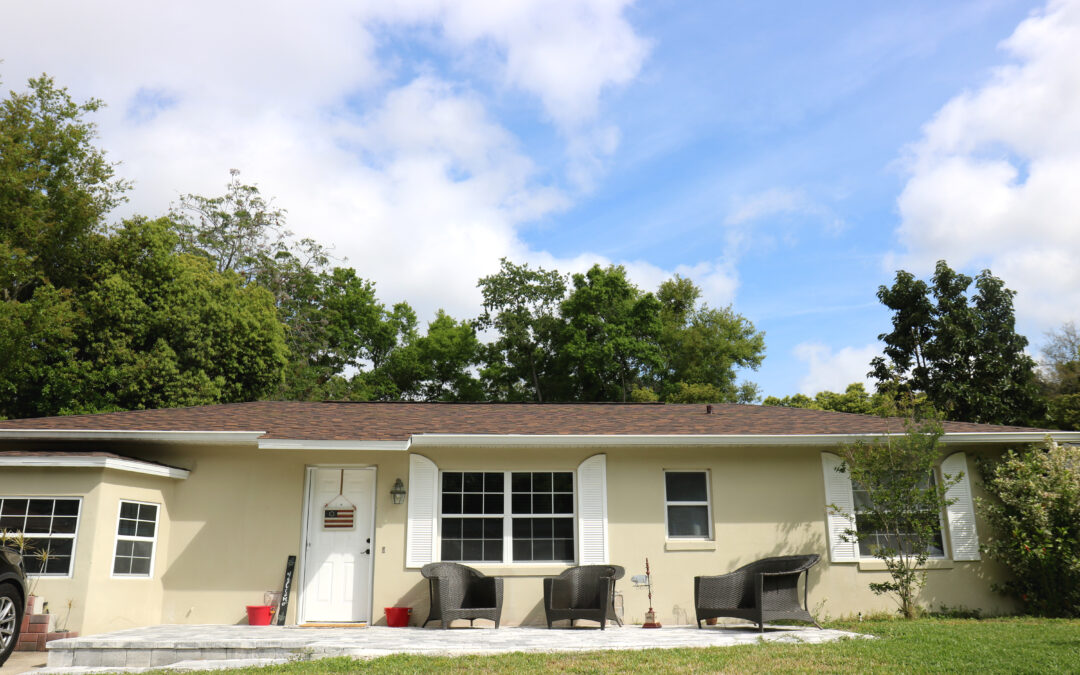 Homeowner receives critical roof repair from Habitat Orlando & Osceola program